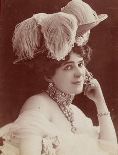 They were given for memory: photos of girls and women of the XIX century