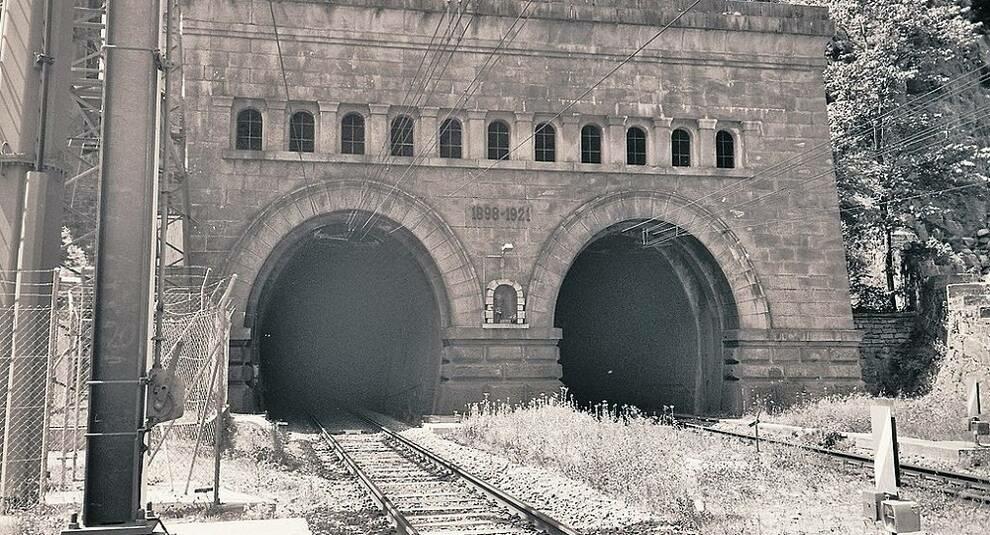Железная дорога под Альпами: Симплонский тоннель