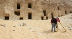 Egyptian archaeologists find 250 tombs carved into a mountain