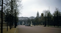 London in color in a photo from the middle of the last century