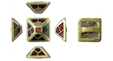 Gold and garnet: a small pyramid was found in England