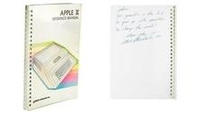 Куртка, журнал с автографом, один из первых Apple: на RR Auction продадут вещи Стива Джобса