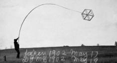 Александр Белл и его воздушные змеи