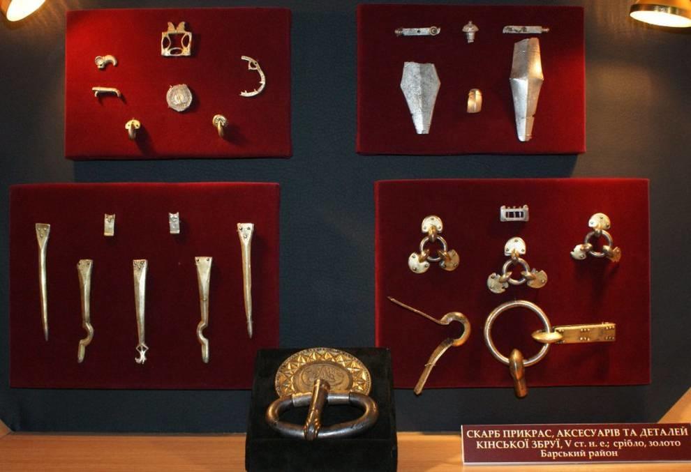 Винницкому музею подарили клад V века