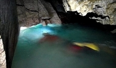 With fins, in wetsuits and with oxygen tanks: in the Ternopil region exploring the deepest underground lake in Ukraine