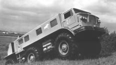 Monster off-road: Soviet wheeled all-terrain vehicle ZIL-E167