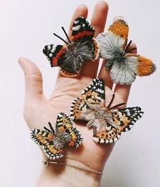 Британская рукодельница создает невероятно реалистичные бабочки-броши (Фото)