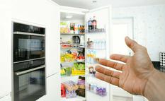 Духовка рядом с холодильником: эксперты объяснили, каким должно быть расстояние между ними?