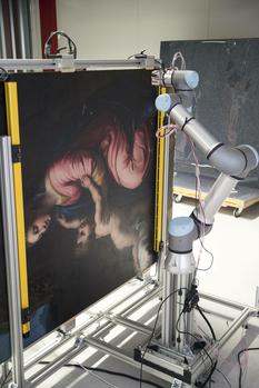 Сначала изучал космос, а теперь определяет подлинность шедевров — новые возможности робота-сканера