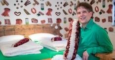Страшный сон вегетарианца: под Нюрнбергом открыли колбасный отель