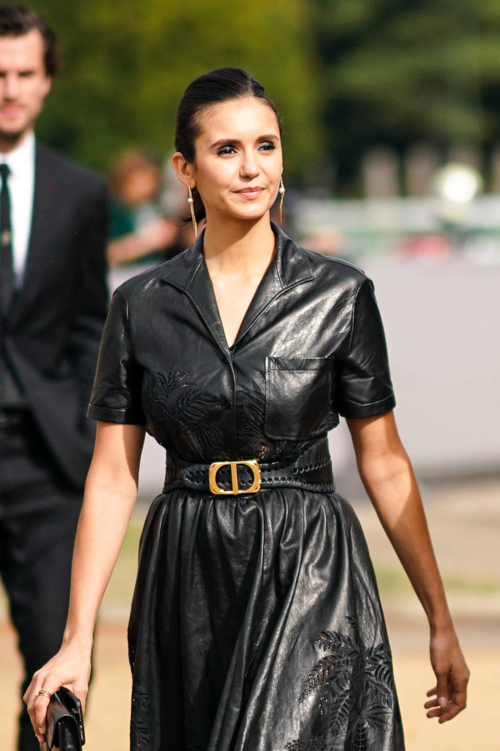 Кожаные платья можно носить каждый день — дизайнеры