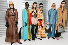 Vogue Runway опубликовал рейтинг самых популярных коллекций сезона весна-лето 2020