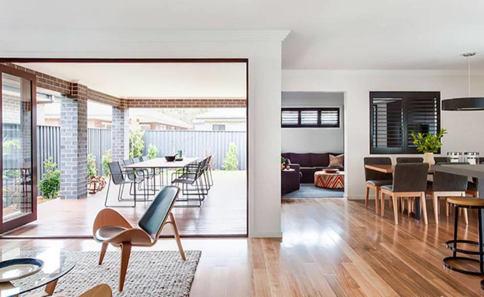 Наружная и внутренняя гостиная: дизайнеры интерьеров рассказали о ее преимуществах