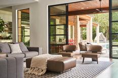 Архитекторы из Далласа спроектировали светлый дом с изысканными интерьерами (Фото)
