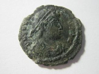 Валентиниан 1 сколько монет в банковском мешке