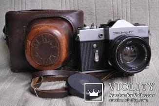 Фотоаппарат Зенит - ВМ, № 73000495, Гелиос-44М № 00632, выпуск 1239 шт..