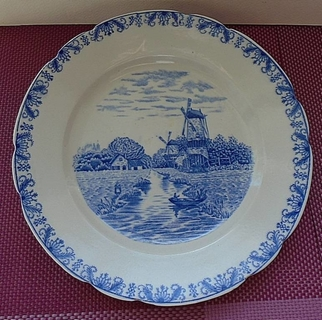 Тарелка Тарелка Голландия , Louis Regout, MAASTRICHT 1895 - 1905