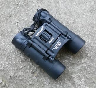 Бинокль Tasco 12х25
