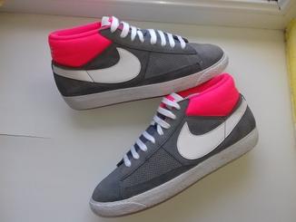 Кросовки Nike (Розмір-40.5\26)