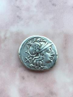 Денарий Spurius Afranius (150 B.C)