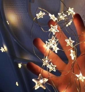 Гирлянда светодиодная. На батарейках, переносная. Автономная. Звезды.