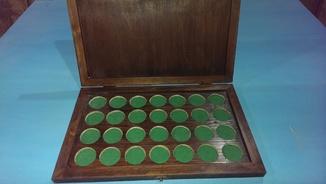Бокс для монет диаметром до 38 мм. (2 гривни в капсулах)