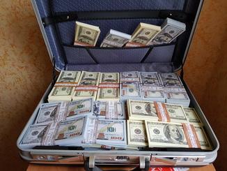 Дипломат с деньгами 100$ Сувенирные деньги, Сувенірні гроші 100 $