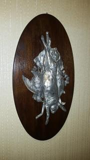 Настенный медальон на охотничью тему