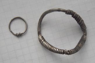 Серебряные височные витые кольца (большое и маленькое)