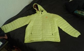Куртка адидас новая размер м