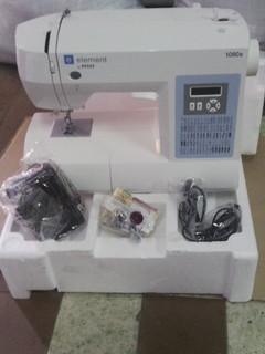 Компьютеризированная швейная машина PFAFF 1080S