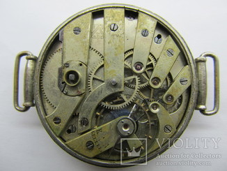 Часы Cyma с мех. Henry Moser с ключевым заводом