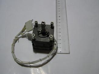 Шаговый двигатель ДШ42-0,28-3,6.
