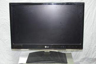 Телевизор LG M2250D-PZ