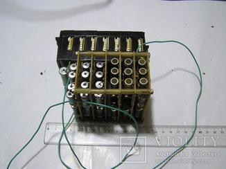 Блок /магазин/ сопротивлений 10 Ом-200 мГом. Б/у.
