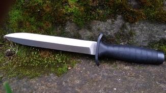 Польський бойовий ніж