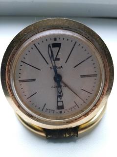 Годинник Слава (11 каменiв,з будильником,робочий,настiльний,СРСР)