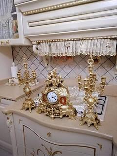 Набор часы каминные с двумя подсвечниками