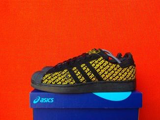 Adidas - Кросівки (46/29.5)