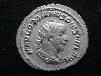 Антониниан Гордиан 3.