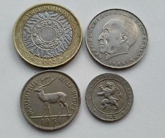 4 монети світу