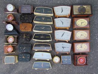 Часы Маяк настольные 30 шт