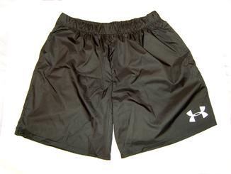 Мужские спортивные шорты из плащевки (размер L)