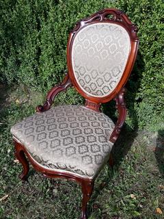 Антикварне крісло, Європа