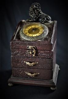 Комод . Органайзер для украшений. Часы . Шкатулка для драгоценностей.