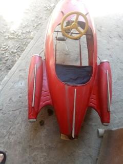 Педальная машинка Запорожец (Стрела) 1960е годы.