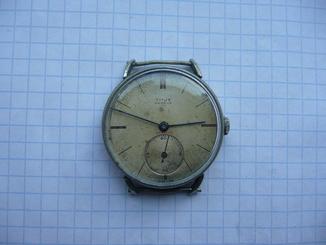 Часы Titus