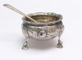 Английская солонка в серебре 1845 год . Лондон.