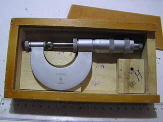 Микрометр 0-25.