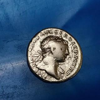 Денарий, Цезарь Публий Элий Траян Адриан Август, 117-138 год